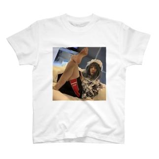 くそ態度メイド T-shirts