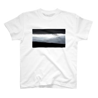 眺望 T-shirts