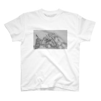 セパレート(謎の構造物) T-shirts