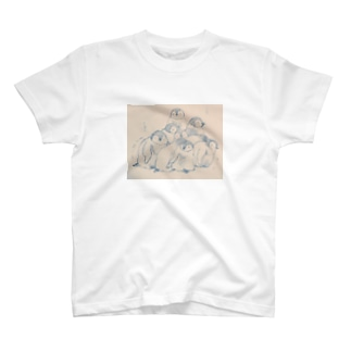 寒がるペンギンのあかちゃん T-shirts