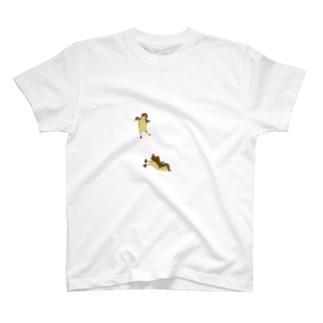 オシドリの巣立ち T-shirts