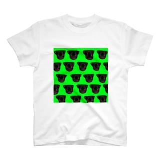 パグのクッパ T-shirts