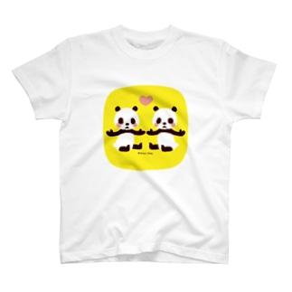 双子の赤ちゃんパンダ T-shirts