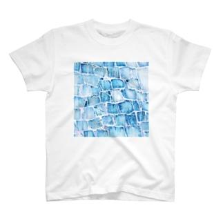 氷壁 T-shirts