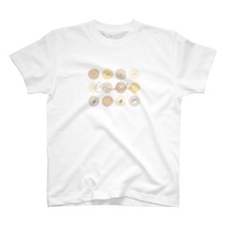 mo.ka shopのおいもかこちゃんとピンポンパール T-shirts