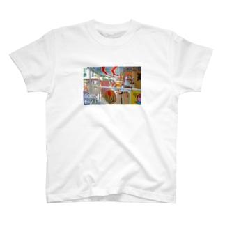 kazaruruのカラフルメリーゴーランド T-shirts