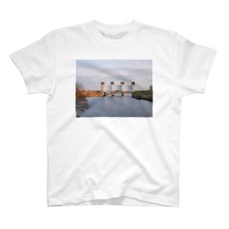 隅田川 水門Tシャツ T-shirts