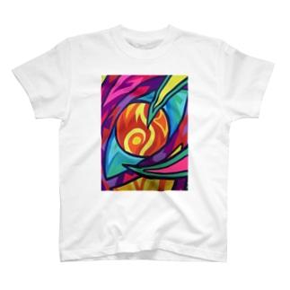 睨みつける者 T-shirts