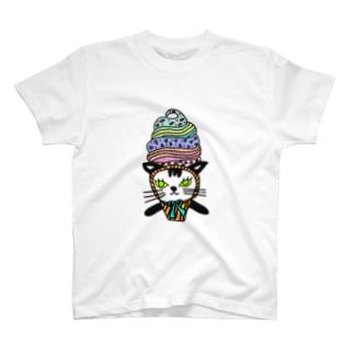 ソフトクリーム白黒ネコ T-Shirt