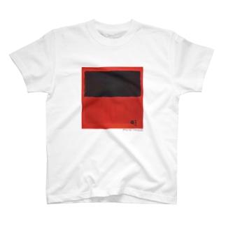 名画を楽しむてんとう虫〜赤の中に黒がある絵画〜 T-Shirt