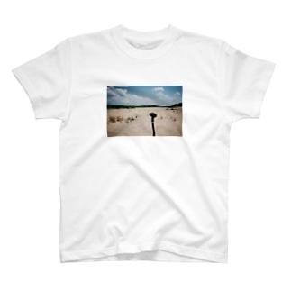ドローンいる T-Shirt