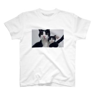 ツーショット T-shirts