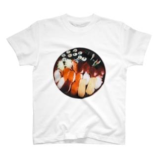 お盆のお寿司 T-shirts