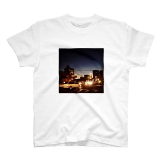 せわしなさ T-shirts