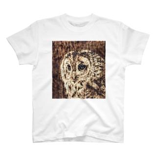 木のぬくもり フクロウ T-shirts