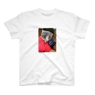 不意打ち T-shirts