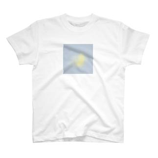ぼやけた月 T-shirts