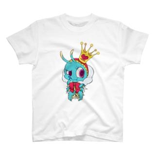 食い破る芋虫 T-shirts