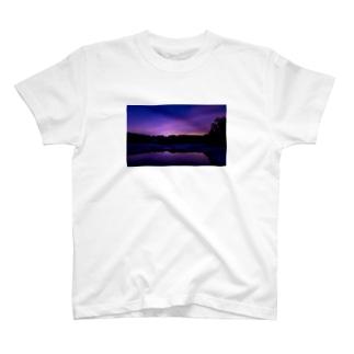 日没 景色 T-shirts