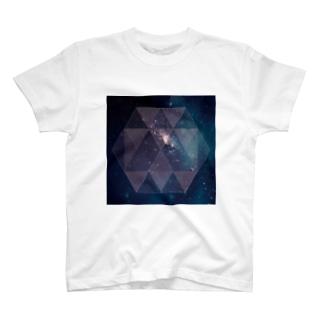 宇宙-1 T-shirts