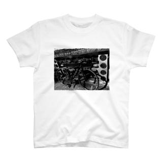 FELT F5 T-shirts