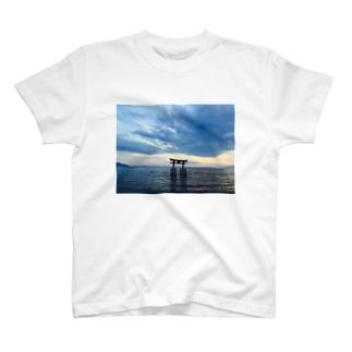 Shirahige Shrine T-shirts