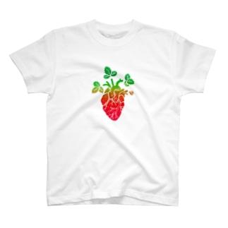 Strawberry Moonな心臓 T-shirts