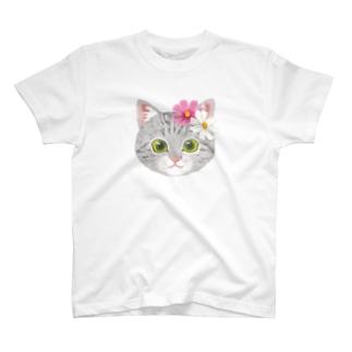 ねこちゃん(コスモス) T-Shirt