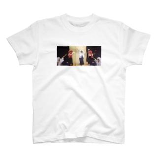 獅子 T-shirts