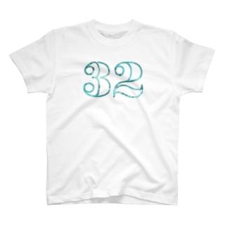 ナンバー32 T-shirts