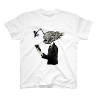 会社員チョウチンアンコウの通勤 T-shirts