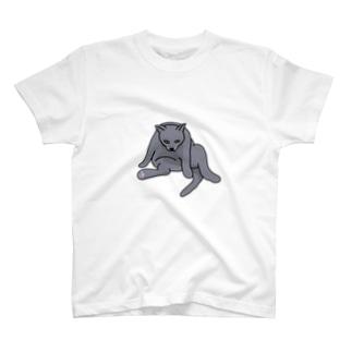 ふてぶてしい5.2キロのロシアンブルー T-Shirt
