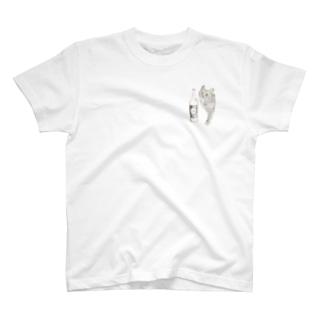 キジトラ猫とどぶろく(ブラウン) T-Shirt