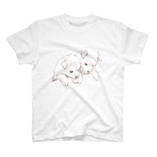 百合の筆の愛らしい兄弟子犬 T-shirts