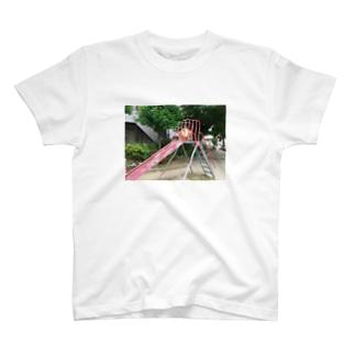 すべりだい T-shirts