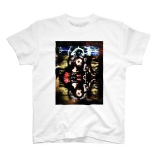 4市街 T-shirts