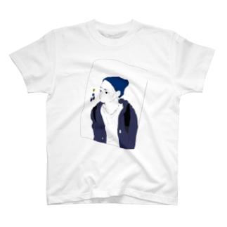 眉間のシワ T-shirts