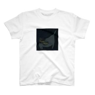 RYUJI_UEMURAの野良猫かぶり T-shirts