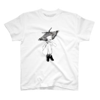 泣き虫 T-shirts