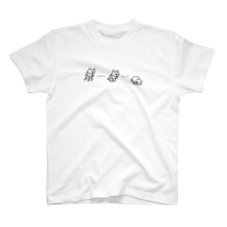 倒れこむネコ T-shirts