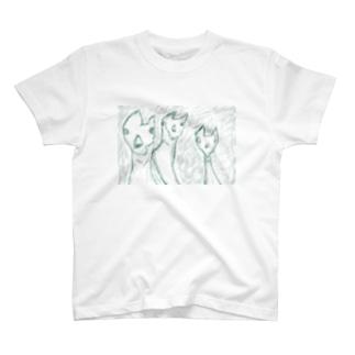 ラマ3兄弟 T-shirts