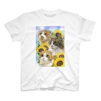 ななねねのの3にゃん T-Shirt