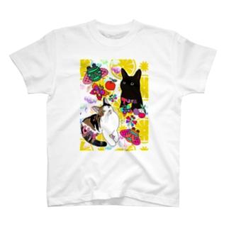 タラ&ウメちゃん💝🤗❤️🐱 T-shirts