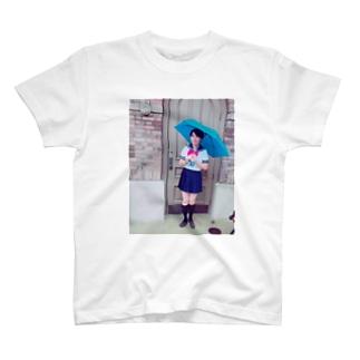 セーラー少女 T-shirts