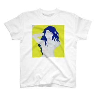 ポージング裸女 T-shirts