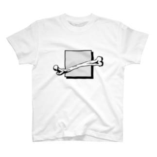 露骨 T-shirts