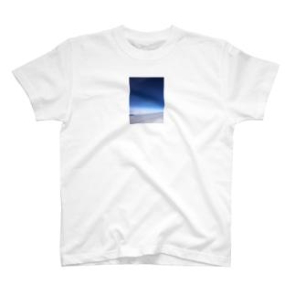 宇宙空 T-shirts