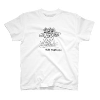 SURFING GARLS T-shirts
