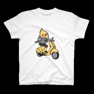 Cody the LovebirdのChubby Bird バイクに乗ったオカメインコ Tシャツ