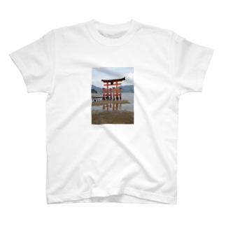 厳島神社 T-shirts